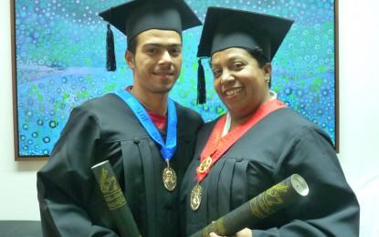 Dos nuevos ingenieros y una licenciada en la familia CDCH-UCV