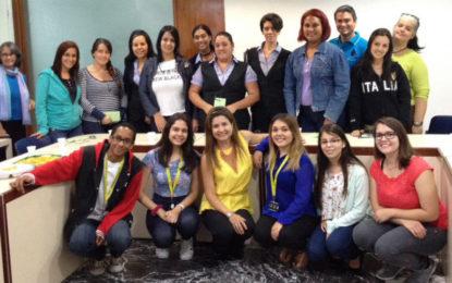 CDCH-UCV recibe taller sobre manejo del estrés